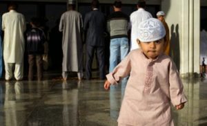 Tips Agar Anak Mencintai Masjid